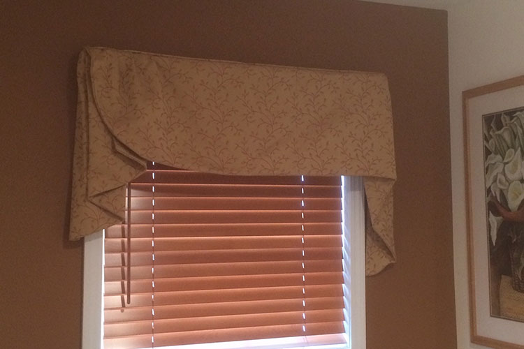 Everwood® Blinds with Decorative Valance