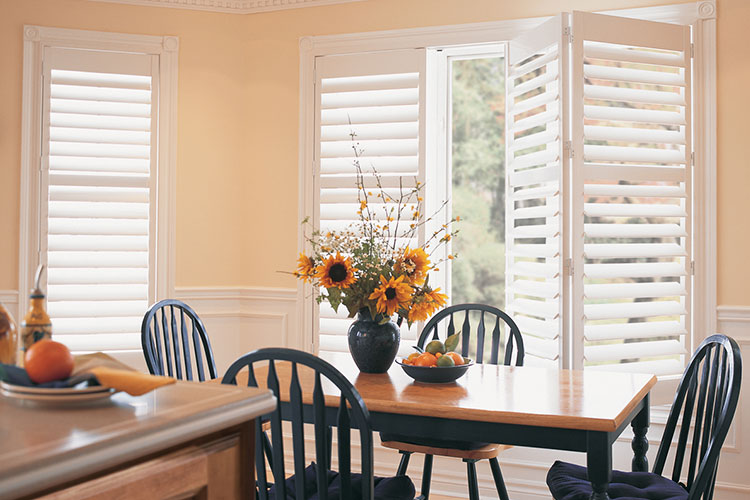 Palm Beach® Polysatin Shutters Bifold