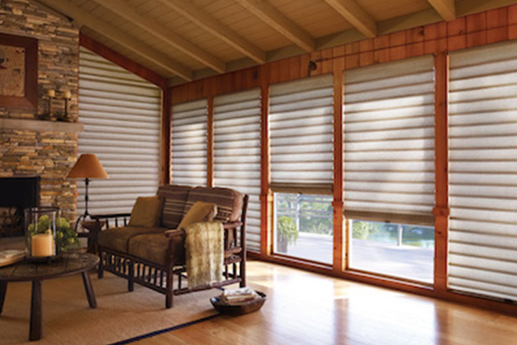 Modern Roman Shades for Homes in Middletown
